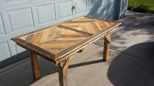 how to make a dining room table out of pallets 3