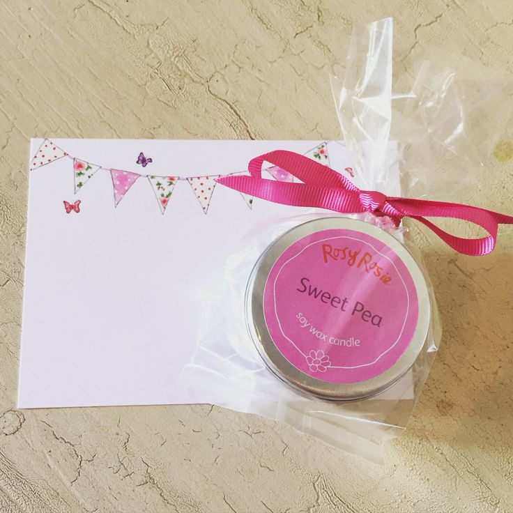 Today I am taking pictures of my candles - here with a gift card from the @lovegiveink range we use for all our gift messages. #scentedcandles #sweetpea #soycandles #rosyrosiedaytoday