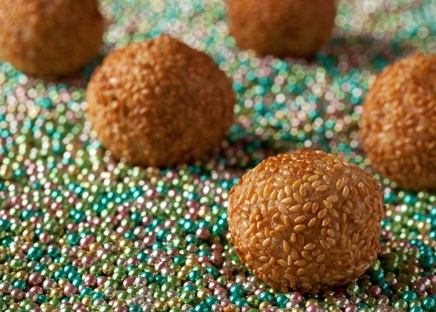 Jednoduché recepty na dobré bezlepkové dezerty mě berou. Zvlášť když jsou cizokrajné. Jako tyto sezamové kuličky s čokoládou, které jsou z Číny. Jsou sice smažené, ale tak dobré, že stojí zato je o...