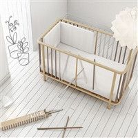Micuna Life Crib complete with red spindles