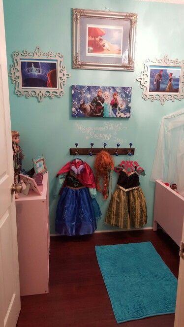 Almost finished Frozen bedrom #frozenbedroom