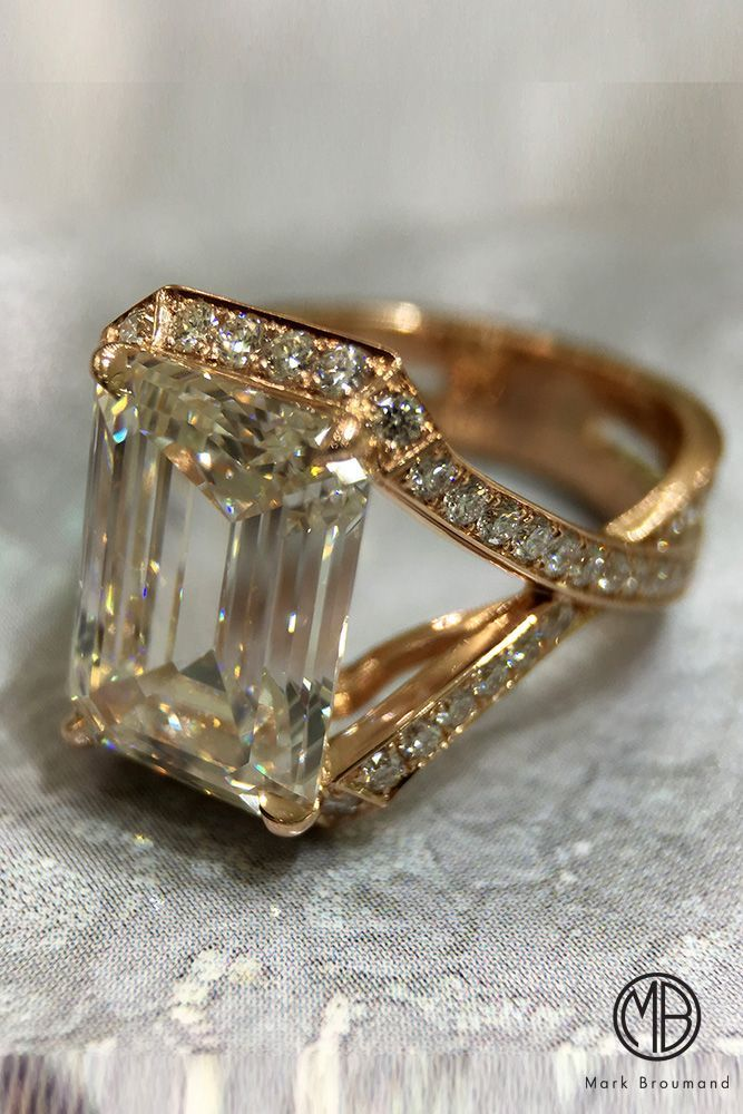 Beautiful and unusual Diamond ring design