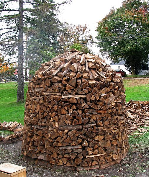 The Artful Woodpile 30 Fabulous Firewood Storage Ideas: 1000+ Images About Woodpiles For My Hubby On Pinterest