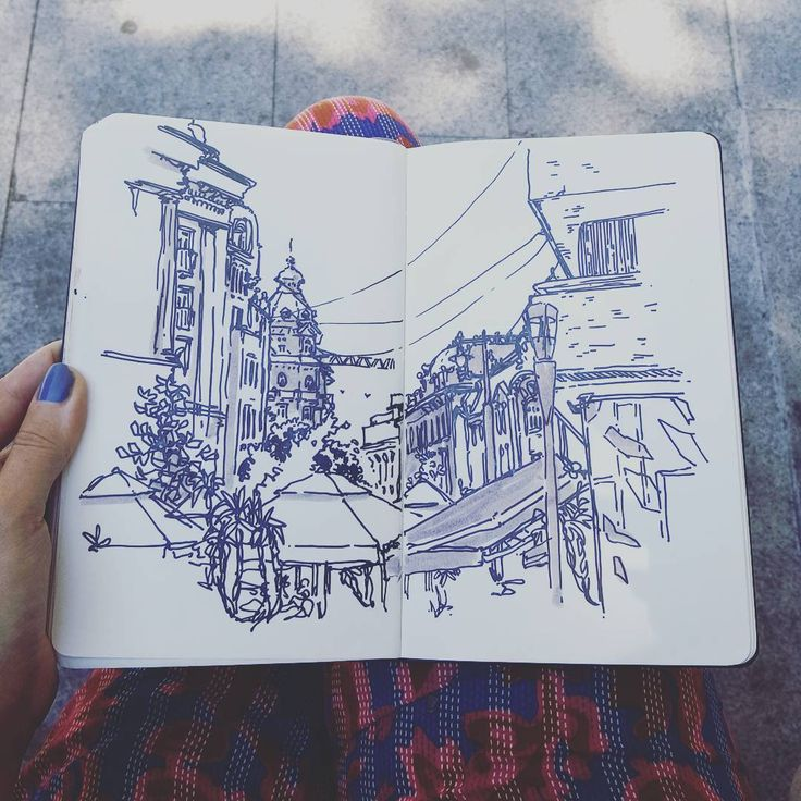 375 отметок «Нравится», 1 комментариев — Laurie (@lau.rie.mrt) в Instagram: «All plans fell apart today, so I jusy grabbed a cheap coffee and looked for some shade around…»