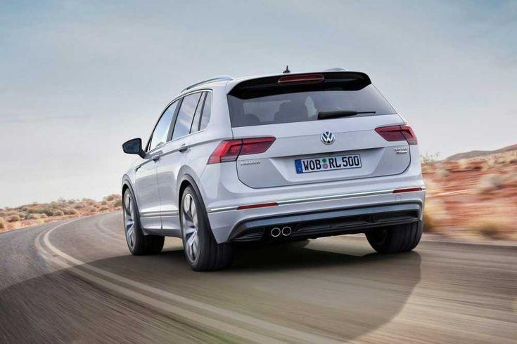 2018-Volkswagen-Tiguan-R-rear-view-tailpipe