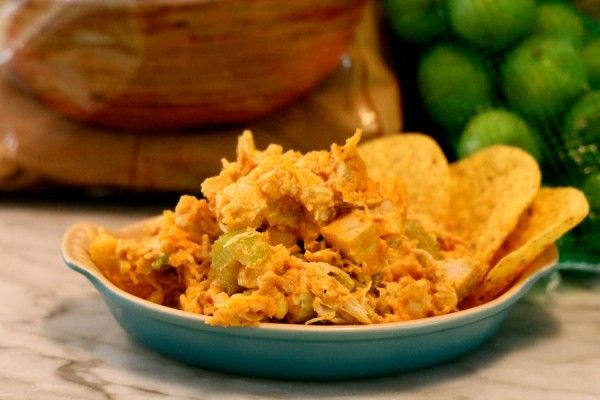 Low fat Buffalo Chicken Dip from Real Girls Kitchen (as good as, if not better than the popular one on Skinny Taste!)