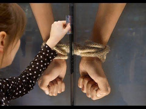 Un mupi interactivo para cortar con las injusticias