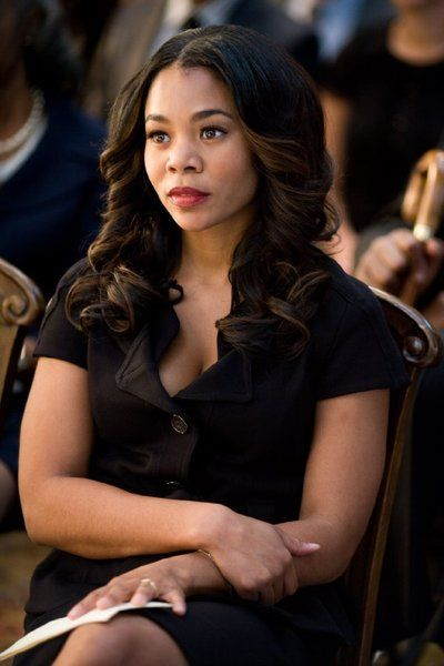 Regina Hall is very beautiful and fresh into her 40s. wow