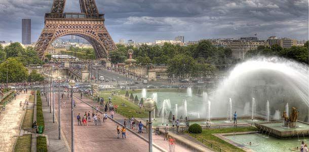 Keväinen Pariisi on yksi pääsiäislomalaisten suosikkikohteista ja lämpömittari kohoaa jo maaliskuussa helposti 20 asteeseen.