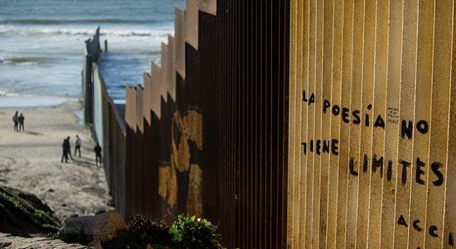 """Meksika Dışişleri Bakanı Luis Videgaray, ABD Başkanı Donald Trump'ın Meksika sınırına duvar örülmesi planının """"samimiyetsiz ve düşmanca"""" olduğunu söyledi.   #Arnavutluk #Balkan #Balkan Haberler #Balkan Rehberim #balkanlar #Haber #Haberler #Makedonya"""