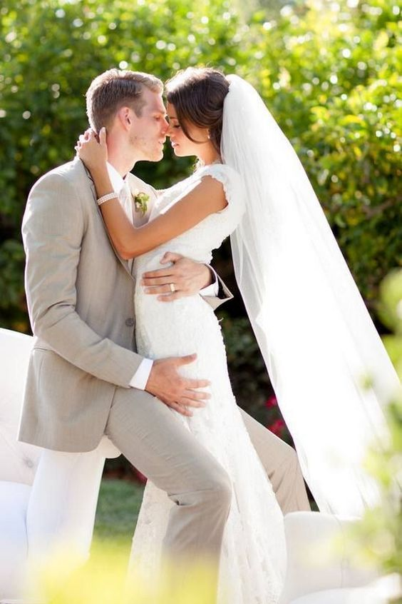 Bride and Groom Wedding Photo Ideas 57