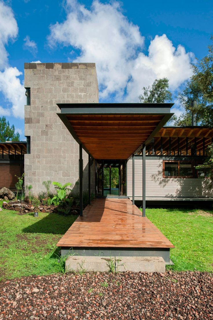 Cohen residence entry courtyard modern landscape houston by rh - Picturesque Home Lost In The Forest By Alejandro S Nchez Garc A