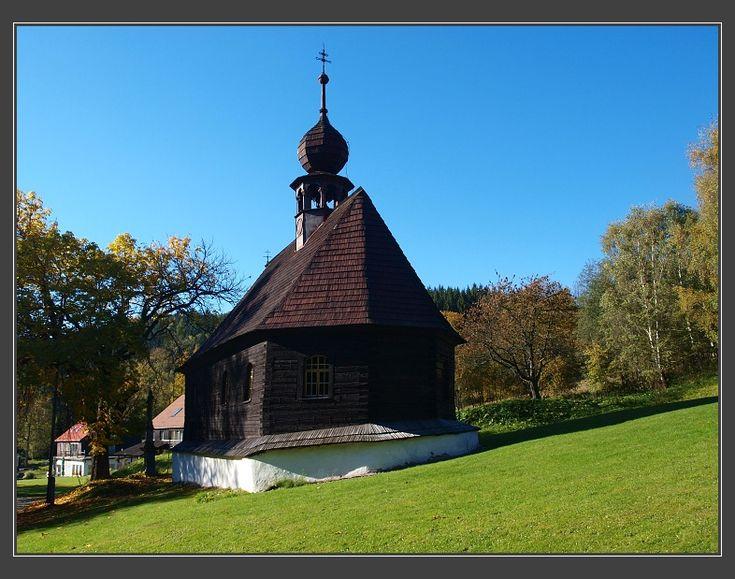 Klepáčov, dřevěný kostelík sv. Jana Nepomuckého