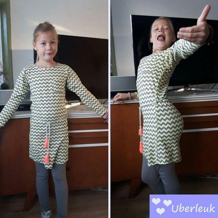 Kijk Amber eens blij zijn met haar B.Nosy jurk  #bnosy #zigzag #blijeklant