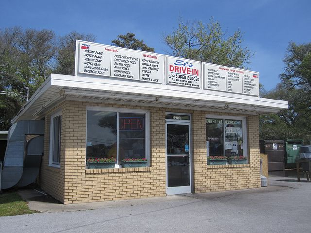"""Famous for its Shrimp Burgers, you'll want to """"drive back"""" for seconds at El's Drive-In in Morehead City, NC"""
