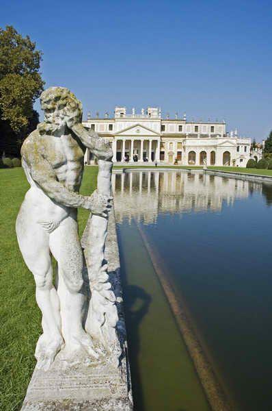 Villa Pisani, Venice. Jewel of the Riviera del Brenta.Il ,province of Venezia , Veneto Italy ~ been there....amazingly HUGE!!