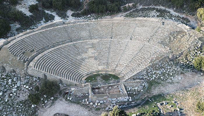 Diazoma Launches Crowdfund Campaign for Restoration of Ancient Theatre of Cassope in Greece