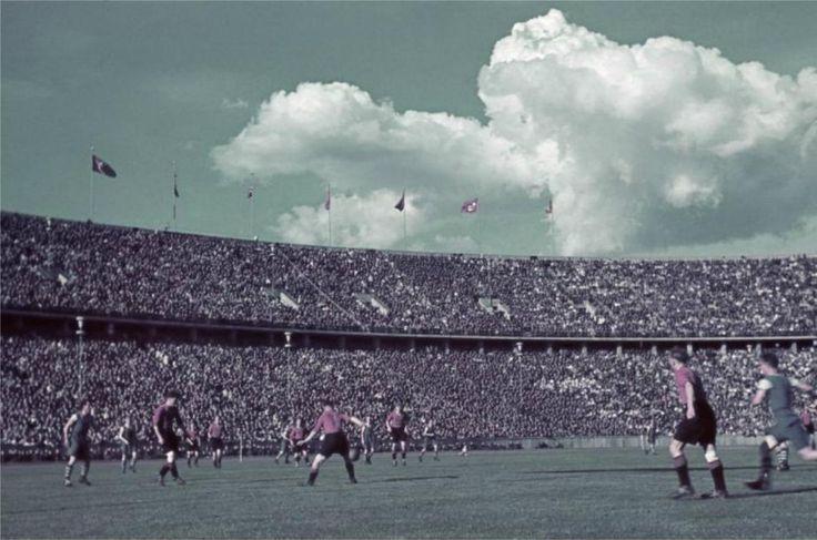 Fußball-Länderspiel Deutschland - Spanien (1-1) im Berliner Olympiastadion 12.04.1942