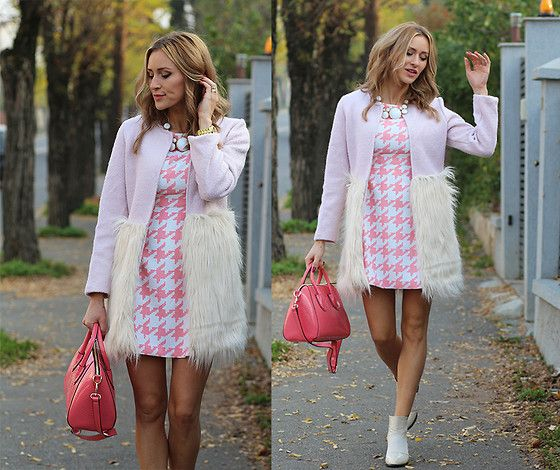 Un pachet completat perfect :)   [Sheinside Coat, Choies Dress, Ideal Boutique Bag, Mart Of China Boots]