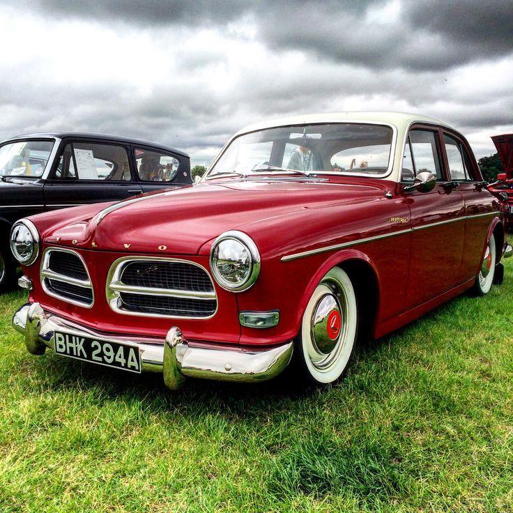 A 1963 122 S.