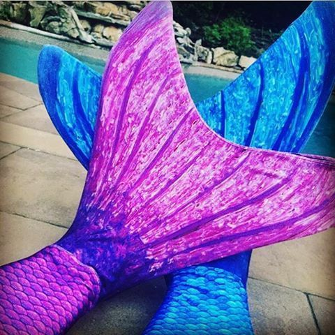 Great photo from our fin fans! Fin Fun Mermaid tails featured: Asian Magenta and Arctic Blue