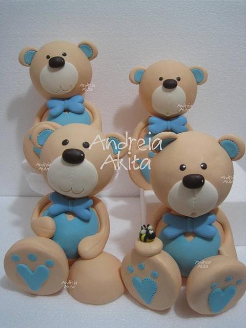 30/05 - Urso de 30 cm de altura personalizado-Obrigada a Renata Macedo - Fábula Festas - Brasilia - DF by Andreia Akita, via Flickr