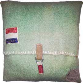 kussens gemaakt van oude dekens - Google zoeken