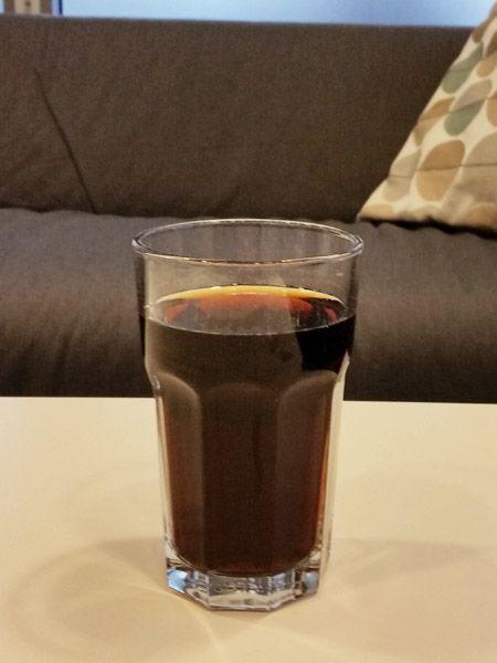 Cola zum Flecken entfernen, Rohre frei spülen etc. Wie ganz normale Cola im Haushalt helfen kann, lässt bei dir die Lust darauf, sie zu