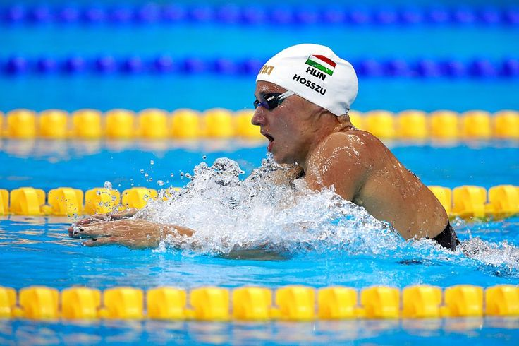 Katinka Hosszú #HUN has set a world record for the Women's 400m individual medley. Time: 4min 26.36s #RioRecords