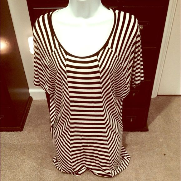 Black & White Batwing Top Excellent Condition | Never Worn | Black & White Stripes | Diagonal & Vertical Stripes | Batwing Sleeve | Flowy |96% Rayon | 4% Spandex | Trades | Feel Free to Ask Questions | More  Upon Request | Bundles & Offers are Welcomed ❤️| Kenneth Cole Tops Blouses