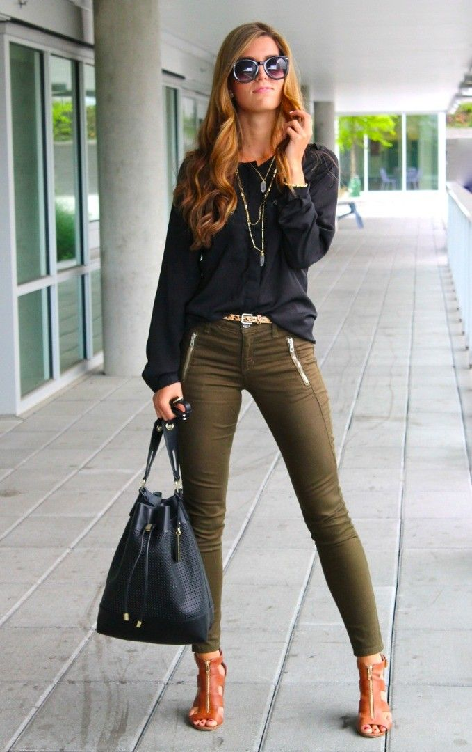 chic style black blouse + skinny trousers