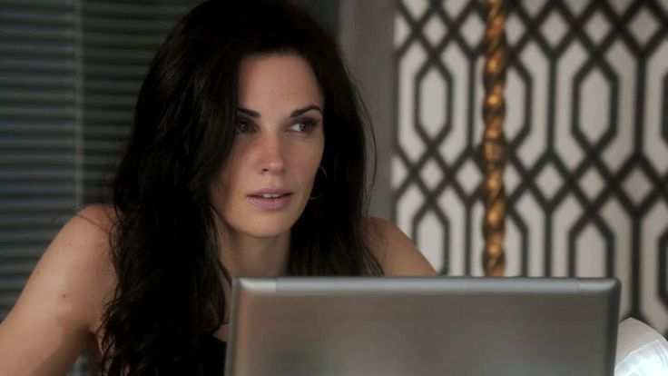 Laura Mennell as Nina Theroux in SyFy Channel's Alphas