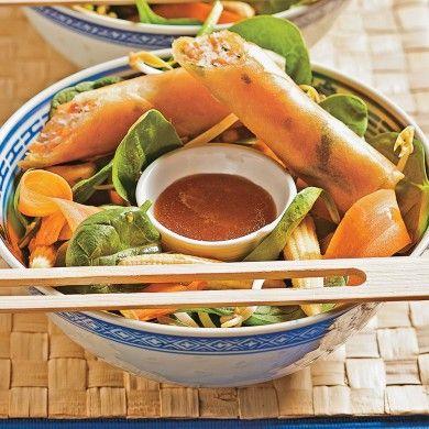 Salade thaïlandaise et rouleaux croustillants - Recettes - Cuisine et nutrition - Pratico Pratiques