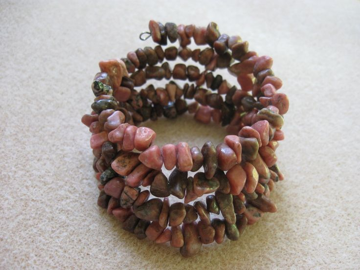 Rhodonite chips memory bracelet