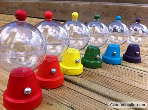 mini distributeur de bonbons (petit pot fleurs, boule de noel, perles) /  mini bubble gum machine