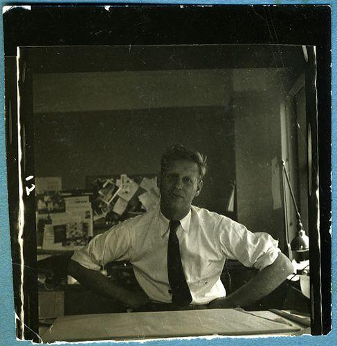 Mid century illustrator Abner Graboff in his studio