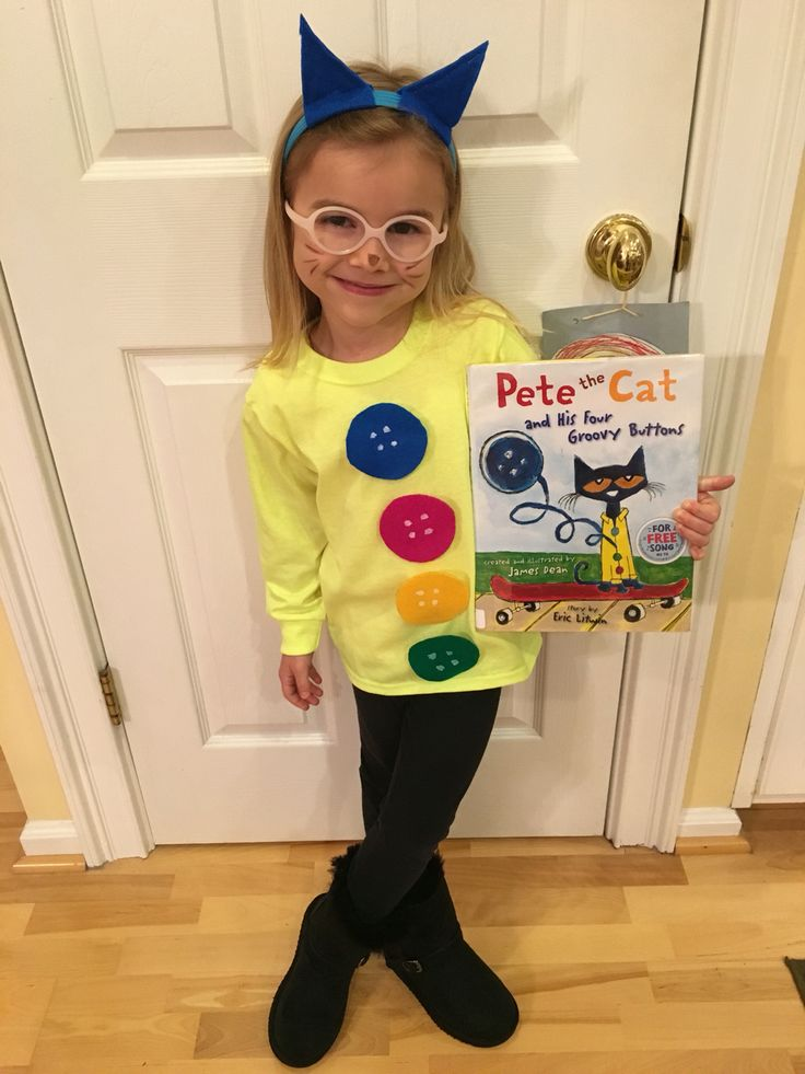 Pete the cat 4 groovy buttons costume worth reading for Creative halloween costumes for kids