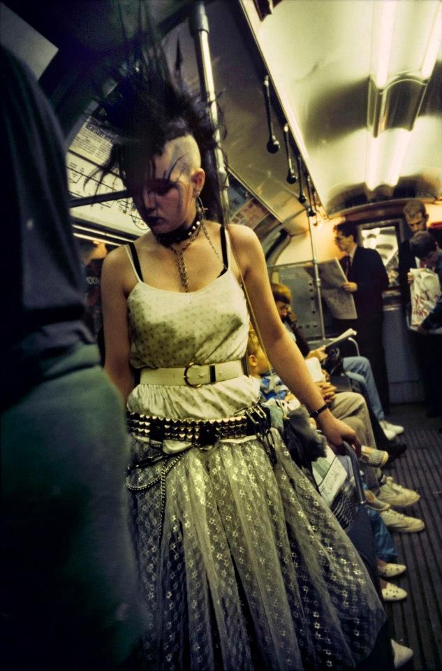 On The Tube, London, England, 1984, photograph by Bob Mazzer.