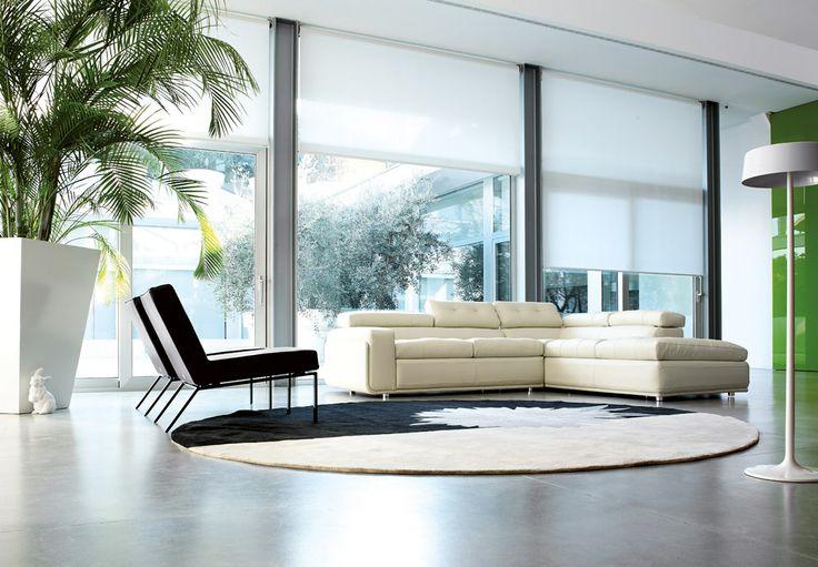#Porcelana - Hugo Modi #sofa  http://www.porcelana.gr/default.aspx?lang=el-GR&page=15&prodid=38771