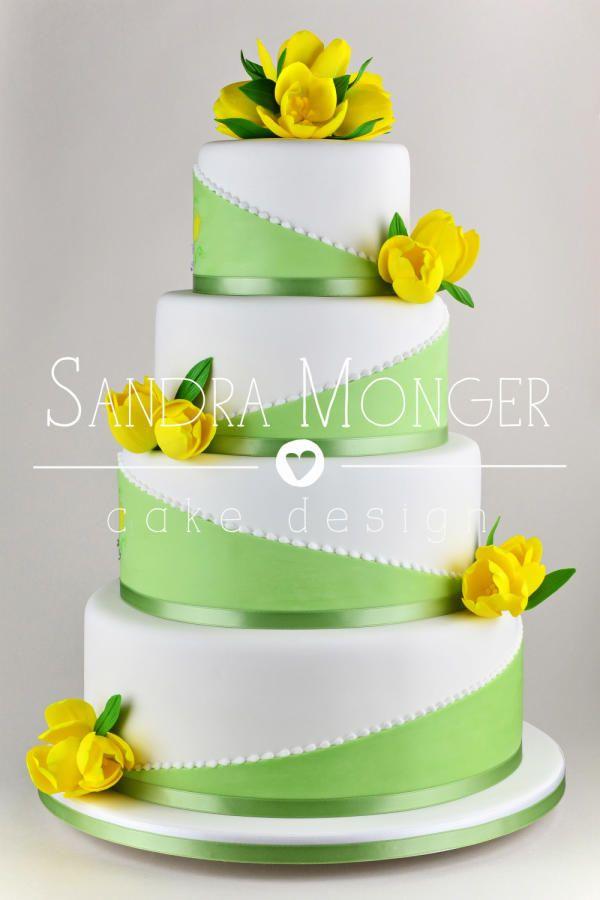 Spring+Tulips+Wedding+Cake+-+Cake+by+Sandra+Monger