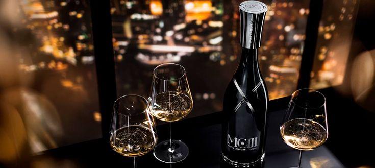 Η νέα, υπερπολυτελής και σπάνια grand cuvee της εμβληματικής Moet & Chandon δεν είναι απλά ένα κορυφαίο κρασί, αλλά εισάγει μια άλλη προσέγγιση στην σαμπάνια.