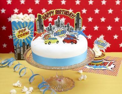 Dekoracja tortu w komiksowym stylu