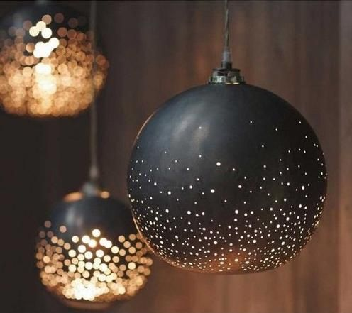 paint ornaments black and add glitter... Night scape weddings! Add drama for wow factor! // This is very pretty, but obviously they're lights. Glitter, sadly, is not going to glow like this.
