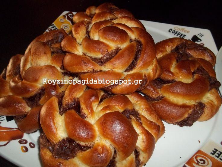 Κουζινοπαγίδα της Bana Barbi: Αφράτα στριφτάρια Μερέντας