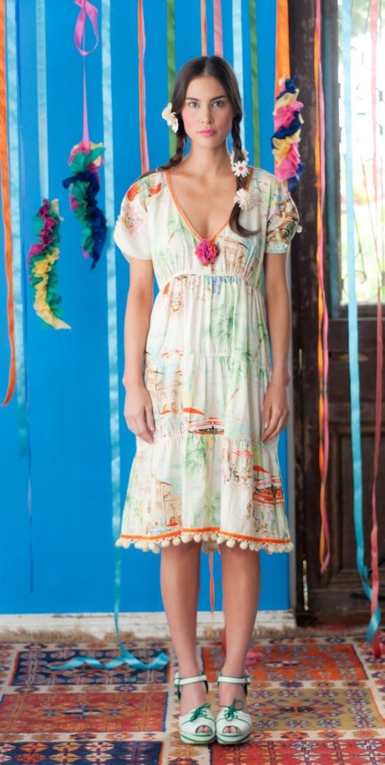 Joni dress in Holiday fabric