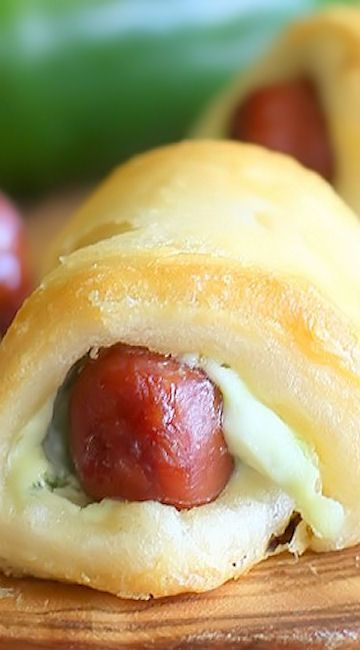 Jalapeno Popper Pigs in a Blanket #recipes Recipes