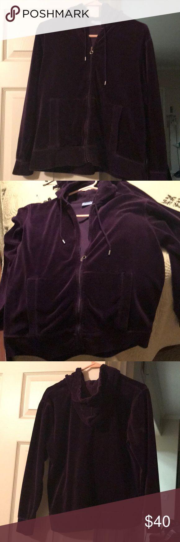 Pacer Petite Deep Purple Velour Jogging Suit Pacer Petite Small Deep Purple Velour Hooded Zip-up Jogging Suit Set, pockets on both zip-up & Pants, slightly worn, warm, comfortable, excellent condition! Pacer Pants Track Pants & Joggers