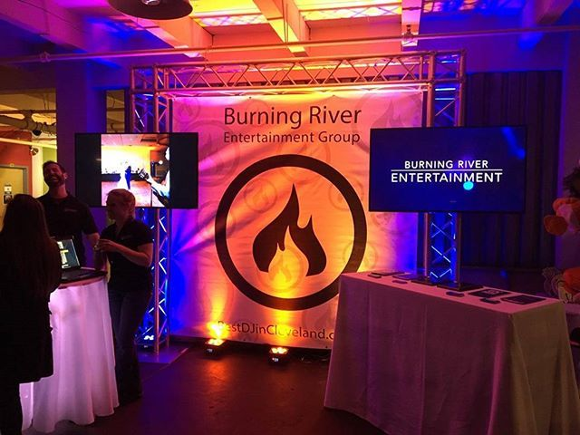 The new #burningriverentertainment bridal show booth was in full effect at the #rocktheveil bridal show tonight #eventprofs #weddings #bestdjincleveland #thisiscle #lighting #pretty #fire #flame #djlife @genestaysrockin @__wheelz @djeli111 @cleventprofs by genestaysrockin.  pretty #fire #rocktheveil #lighting #thisiscle #weddings #eventprofs #flame #burningriverentertainment #djlife #bestdjincleveland