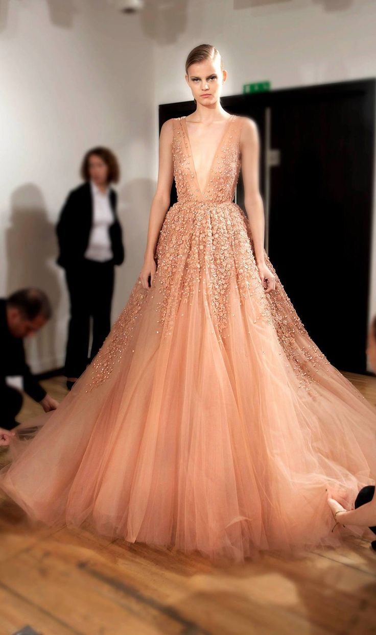 Elie Saab Backstage - Haute Couture Fall Winter 2014-2015 ...