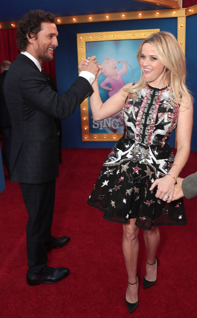 Reese Witherspoon & Matthew McConaughey from The Big Picture: Today's Hot Pics  High five! The actors greet on the Sing premiere red carpet in Los Angeles.